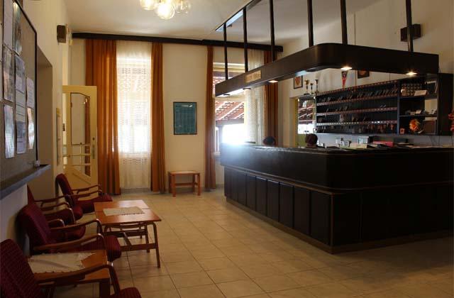 4 Отель «Ривьера» 3