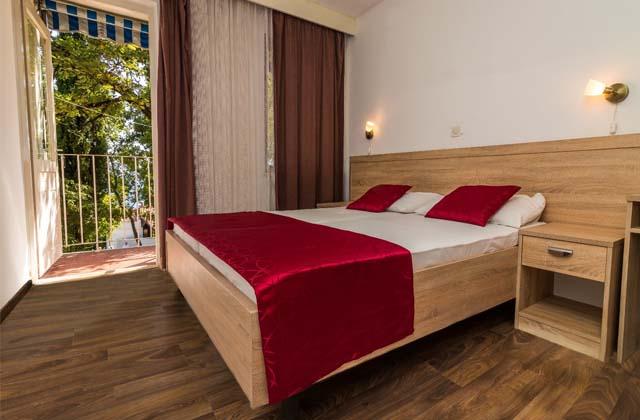 8 Отель «Ривьера» 3