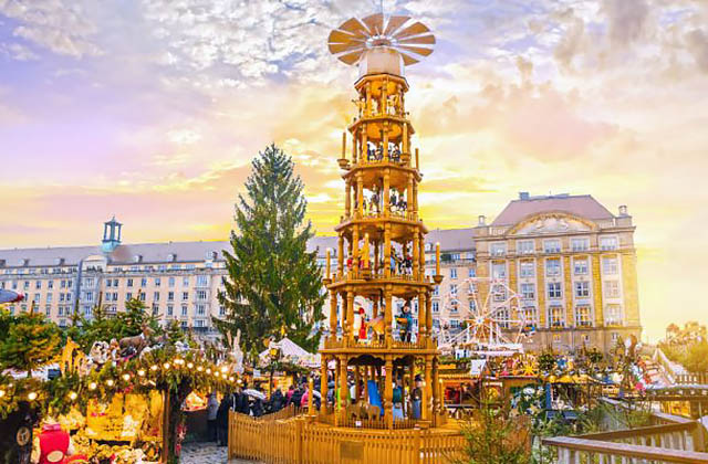 Christmas Market of Dresden, Germany 14